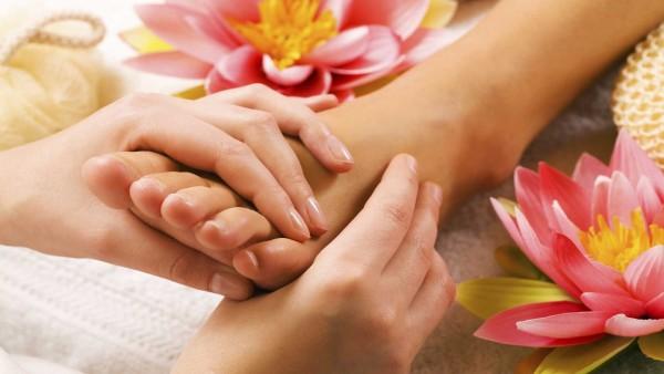 Reflexologie a Čínská ušní akupunktura – akupresura